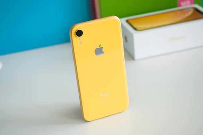 """Apple rơi vào """"điểm cắt tử thần"""", giá cổ phiếu giảm sâu"""